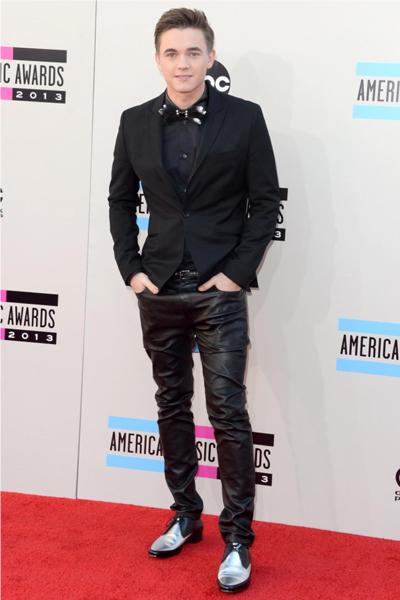 AMA-2013-Best-Jesse-Maccartney