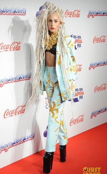 8Dec2013-Lady-Gagas