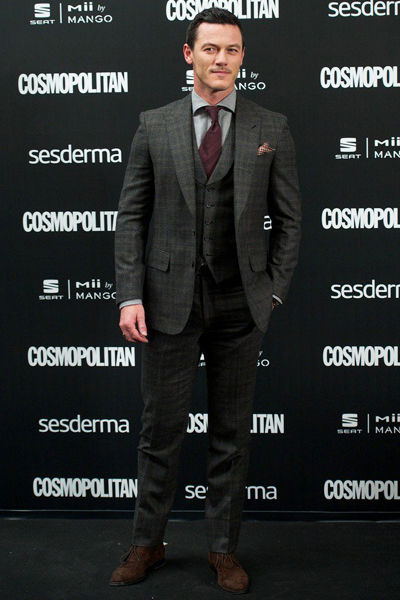 Nov14-bestdressed-LukeEvans