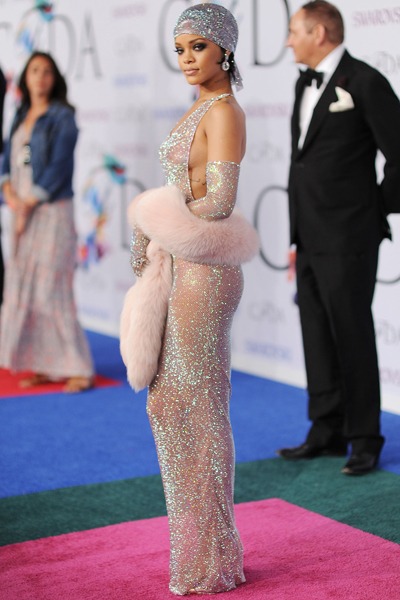 Rihanna-CFDA2014