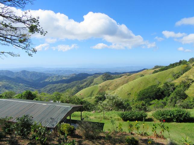 vue sur la route entre Monteverde et Guanacaste
