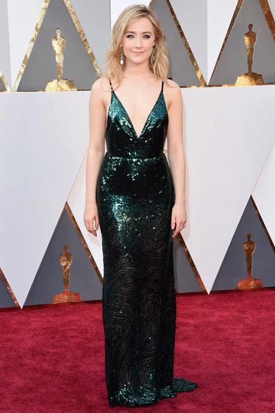 Oscars2016-bestdressed-saoirseronan