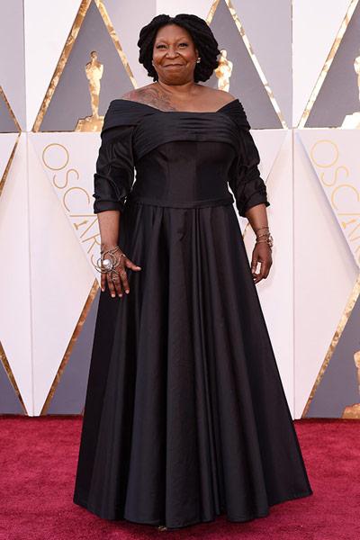 Oscars2016-worstdressed-whoppigoldberg